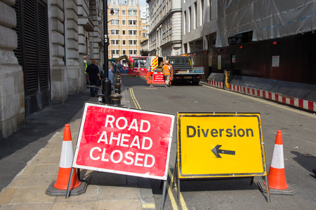 LONDON, UK - JUL 2, 2015: Road Ahead Closed and Diversion signs in a street of London during construction work. Redactioneel
