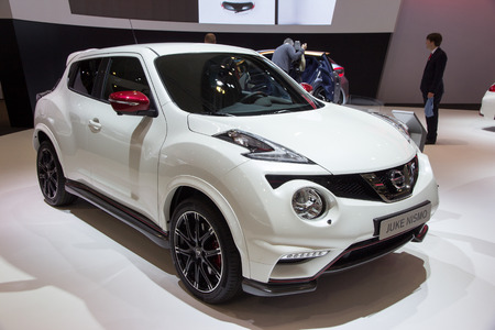 nissan: BRUSSELS - JAN 12, 2016: Nissan Juke Nismo on display at the Brussels Motor Show.