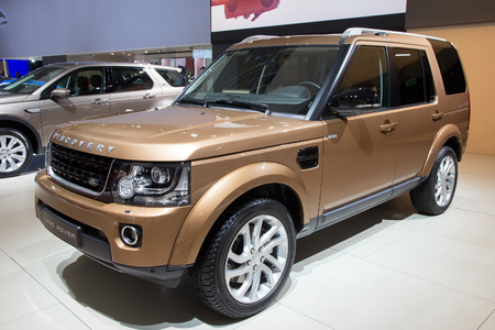rover: BRUSSELS - JAN 12, 2016: Land Rover Discovery on display at the Brussels Motor Show.