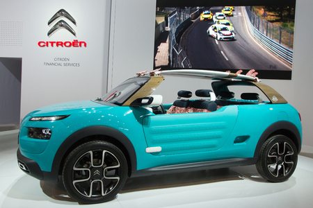 motor cars: BRUSSELS - JAN 12, 2016: Citroen Cactus M on display at the Brussels Motor Show. Editorial