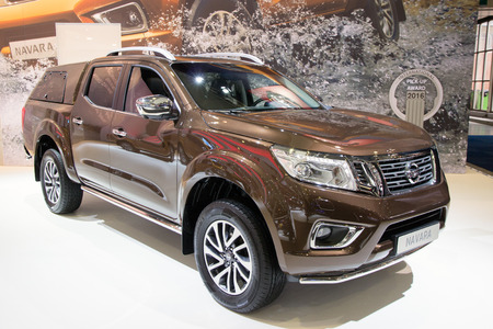 nissan: BRUSSELS - JAN 12, 2016: New 2016 Nissan Navara NP300 on display at the Brussels Motor Show.