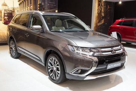 outlander: BRUSSELS - JAN 12, 2016: Mitsubishi Outlander PHEV on display at the Brussels Motor Show.