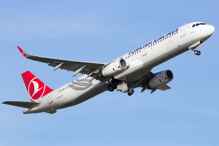 takeoff: AMSTERDAM-SCHIPHOL - FEB 16, 2016: Turkish Airlines Airbus A321 take-off from Schiphol airport