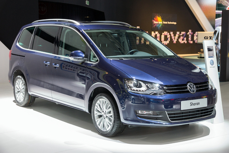 mpv: BRUSSELS - JAN 12, 2016: Volkswagen Sharan on display at the Brussels Motor Show.