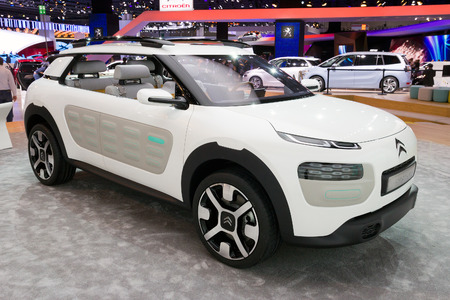 FRANKFURT, GERMANY - SEP 13: Citroen Cactus concept car at the IAA motor show on Sep 13, 2013 in Frankfurt. More than 1.000 exhibitors from 35 countries are present at the worlds largest motor show.