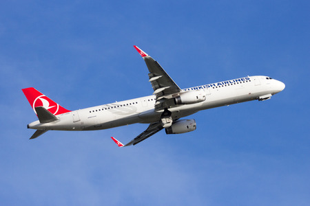 AMSTERDAM-SCHIPHOL - FEB 16, 2016: Turkish Airlines Airbus A321 airliner take-off from Schiphol airport