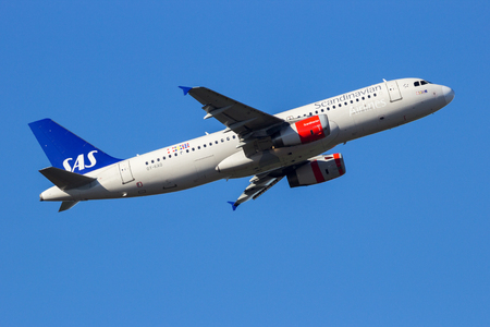 AMSTERDAM-SCHIPHOL - FEB 16, 2016: SAS Scandinavian Airlines Airbus A320 airplane take-off from Schiphol airport. Editorial