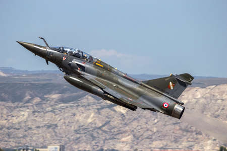 ZARAGOZA, SPAIN - MAY 20,2016: French Air Force Dassault Mirage 2000 fighter jet take off from Zaragoza airbase Éditoriale