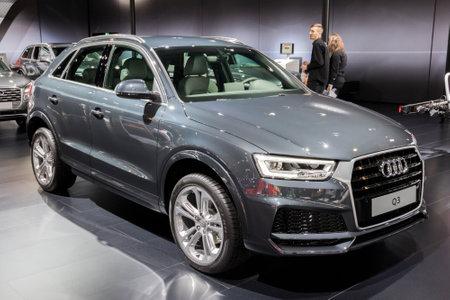 BRUSSEL - 10 JANUARI 2018: Nieuwe Audi Q3 Crossover-auto tentoongesteld op de Autosalon van Brussel.