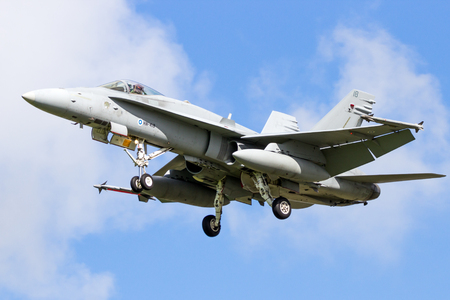 LEEUWARDEN, NETHERLANDS - APR 8, 2016: Finnish Air Force F-18 Hornet fighter jet landing during the exercise Frisian Flag. Éditoriale