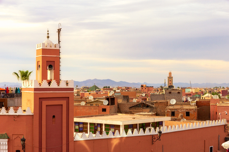 Minaret tower on the historical walled city (medina) in Marrakech. Morocco Stockfoto