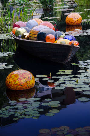 chihuly: Dale Chihuly, Float Boat (2), 2014 Denver Botanic Gardens, (Portrait)