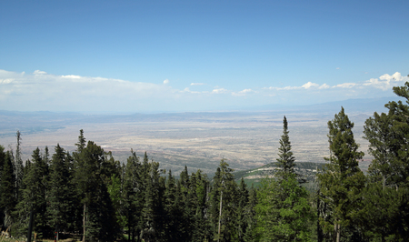 View of the Sedillo area of New Mexico from the top of the Sandia Mountains looking east Banco de Imagens