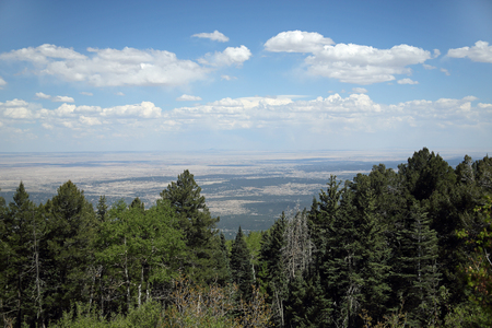 View of the Sedillo area of New Mexico from the top of the Sandia Mountains looking east Banco de Imagens - 103632120