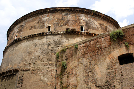 crumbling: The crumbling exteriorof the ancient Pantheon in Rome