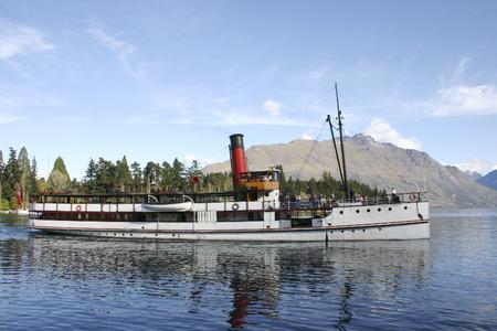 wakatipu: T.S.S Earnslaw - steamship c1912 on Lake Wakatipu, Queenstown, New Zealand
