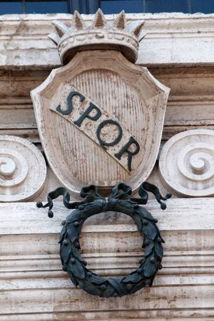 spqr: Senatus Populus Que Romanus, el Senado y el pueblo de Roma Foto de archivo