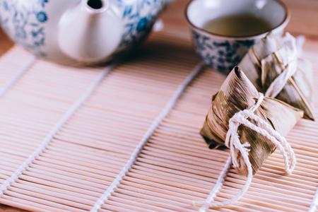 commemorate: Dumplings, dumplings, traditional cuisine, rice, Zongzi, Traditional cuisine, rice food
