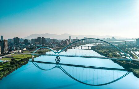 Crescent Bridge - landmark of New Taipei, aerial photography in New Taipei, Taiwan. 版權商用圖片