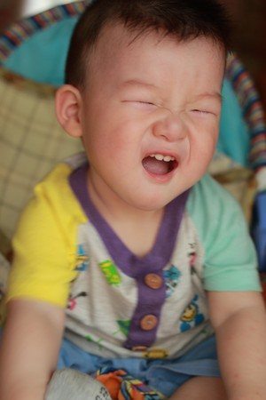 cute baby crying Stock Photo - 7361143