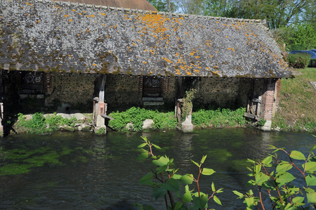 old wash house on the banks of the Eure