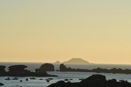 sunset on the Rocky Coast Tregastel Banque d'images