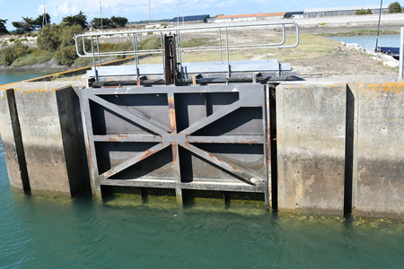 gate of a lock on a harbor