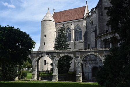 rear facade of Chartres Cathedral