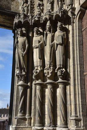 statues on the south portal of Chartres Cathedral.