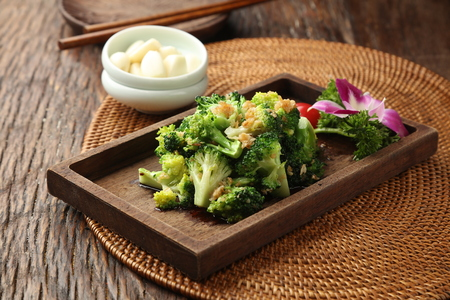 Saute broccoli with golden garlic