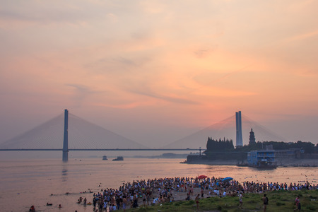 yangtze: Yangtze River Bridge