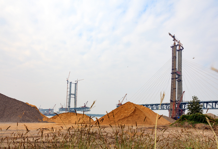 yangtze: Jingzhou Yangtze River bridge construction site image