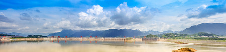 three gorges dam: The Three Gorges Dam, the spectacular scenery in sunny days