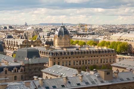 gargouille: Gargoyle sur la Cathédrale Notre Dame, Paris, France.