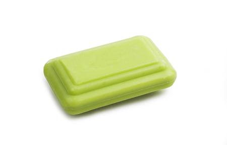 Barre de savon verte. Isolé sur le fond blanc.
