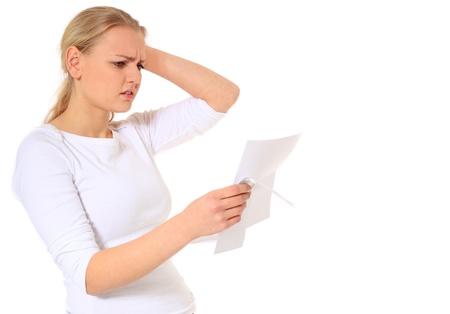 Donna bionda attraente sempre cattive notizie. Tutto su sfondo bianco.  Archivio Fotografico