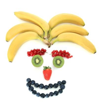 Menschliches Gesicht von verschiedenen Früchten