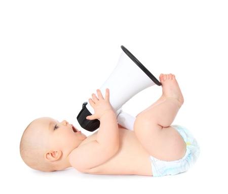 megafono: Reci�n nacido jugando con meg�fono. Todos los aislados sobre fondo blanco.