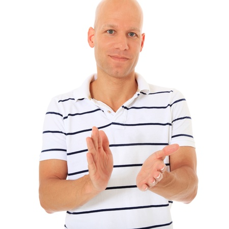 manos aplaudiendo: Hombre atractivo aplaudiendo. Todos en el fondo blanco.