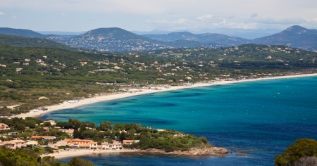 Uitzicht over het strand van Pampelonne aan de Franse Riviera Stockfoto
