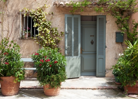Traditional provencal home in Southern France   photo