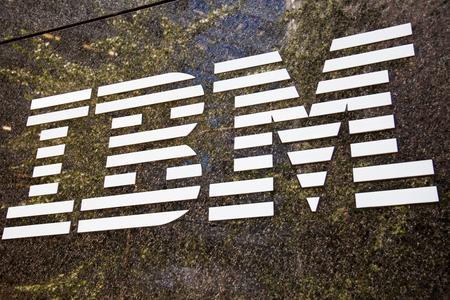 IBM brandname logo in New York City 免版税图像 - 47204957