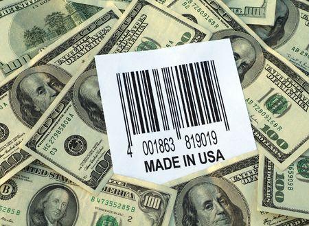 spending money: Spending Money in the US: one hundred dollar bills surrounding bar code with
