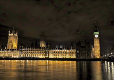 parliaments: Architecture - Houses of Parliament - night shot Stock Photo
