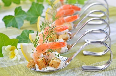cold meal: Appetizers with king prawns