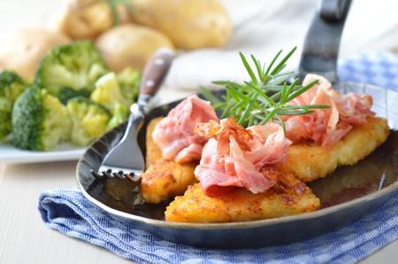 Potato patties with bacon Reklamní fotografie