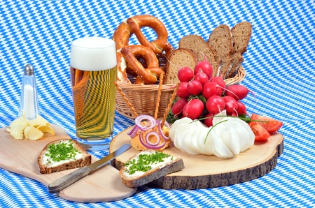 coziness: Bavarian snack plate