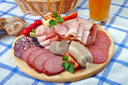 calorie rich food: Bavarian snack plate