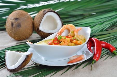 coconut crab: Hot shrimps soup with coconut milk