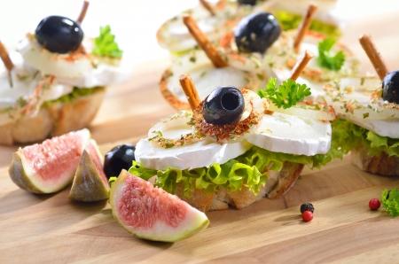 queso de cabra: Cabra bocadillo de queso con higos